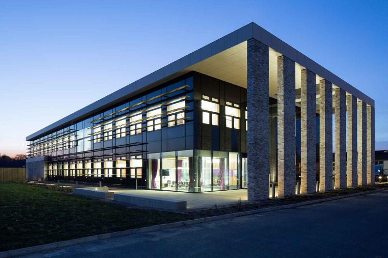BBSRC National Vaccinology Centre: The Jenner Building