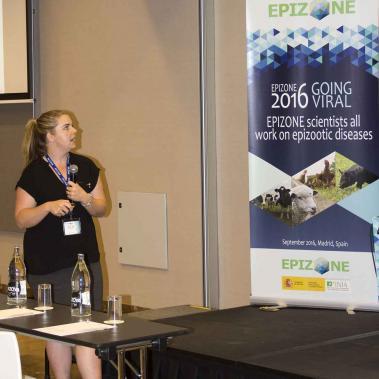 Pirbright PhD student, Lyndsay Cooke presenting at EPIZONE